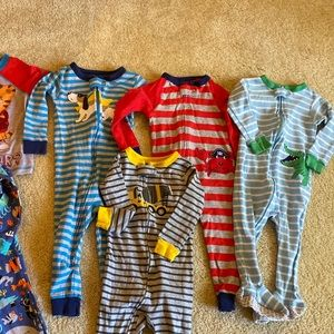 Carter's Pajamas - Carter's Pajamas 12M